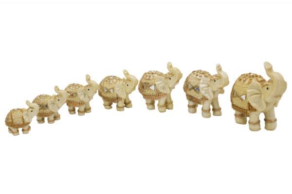 Elefanten aus Polyresin in 7er Set L5.5-10.5xH4.5x10.5cm